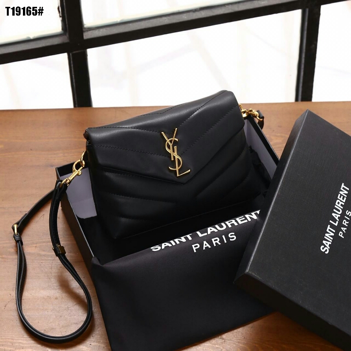 New Ready Stock ✨  YSL Loulou Toy Bag👜  Kode T19165#