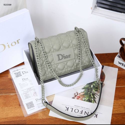 CDr  Embossed Chain Strap R23350#